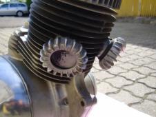 motor Jawa 250