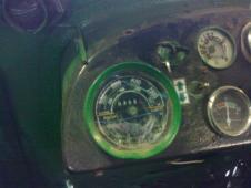 Koupím otáčkoměr Zetor 50 Super