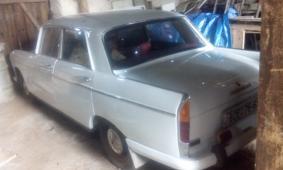 Bílý Peugeot 404 sedan r.v. 1968, 1,6 benzín
