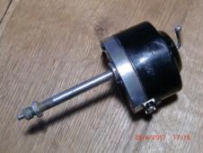 Motorek stěrače BOSCH