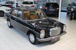 Mercedes-Benz 115 220D rv.1970