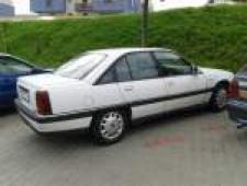 Opel Omega A 2.0i, 85kW, r.v.1992