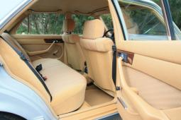 Mercedes-Benz 280 SE W126