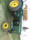 Prodám traktor JOHN DEERE - LANZ